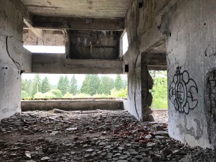 Sarajevo abandoned buildings